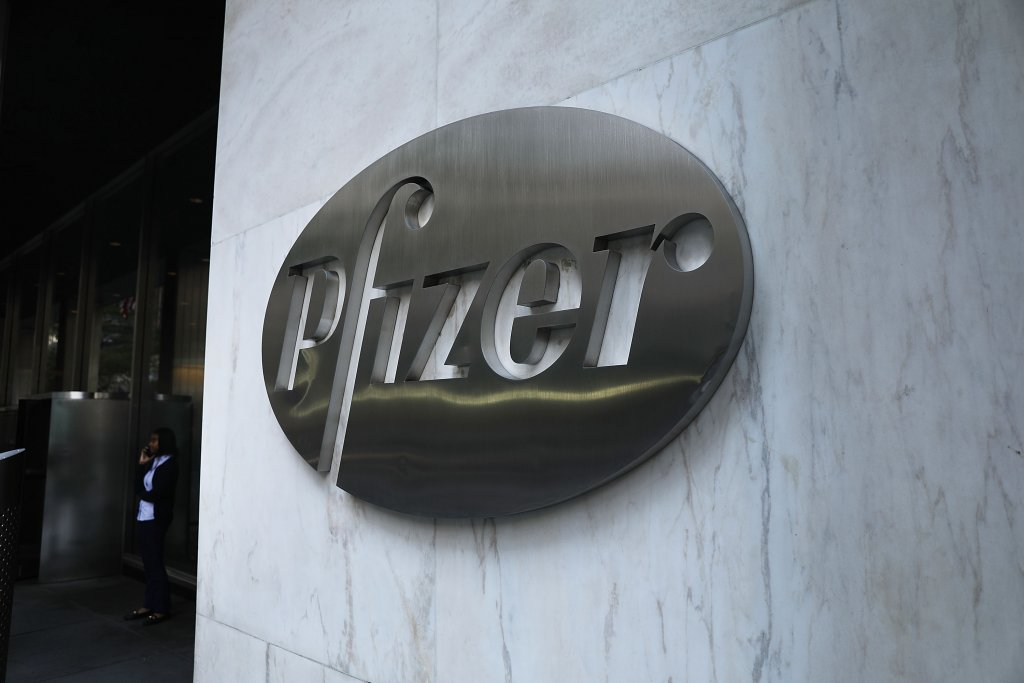 Gray Pfizer sign on company headquarters in New York City.
